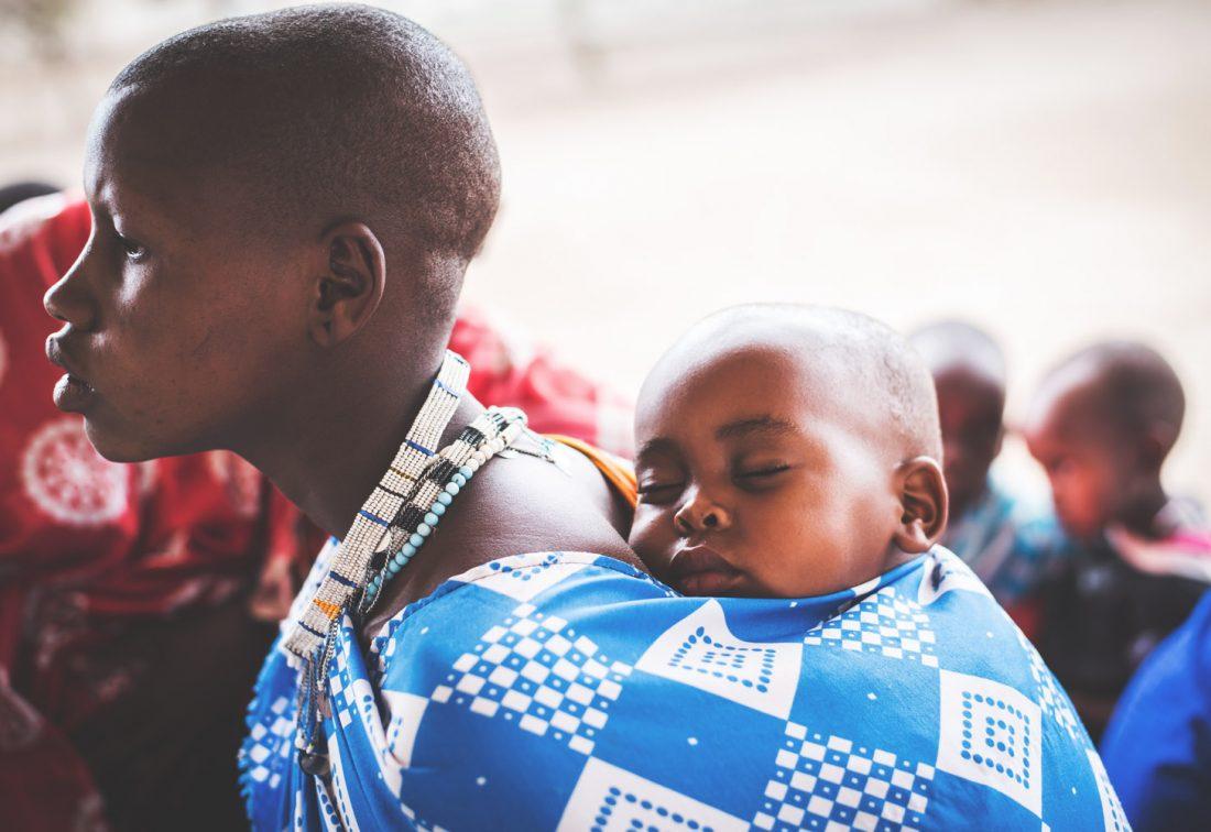 reportage tanzanie afrique maasai femme humanitaire photojournaliste photographe reporterphotographe